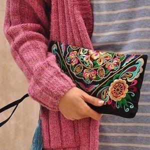 NEW Embroidered Wristlet Clutch Bag Purse Boho